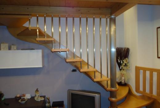 scala acciaio legno
